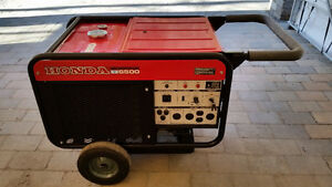 Honda Generator ES6500 120V 240V liquid cooled 2 cylinders