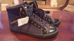 GUESS black womens sneakers