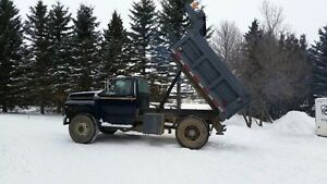 Priced Reduced!!!! Ford F800 Dump Truck