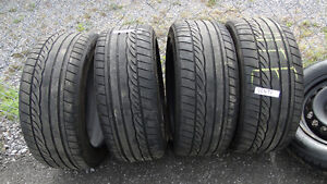 4 pneus Dunlop 235/45/17