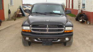 2004 DAKOTA 4DR 4X4 GRAY