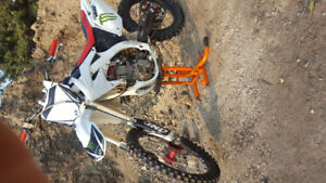 CRF 450R,  ready to ride!