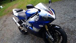 Yamaha YZF-R1 Champion Edition #168/1000