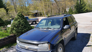 2003 Chevrolet Trailblazer sorry had wrong number on add before