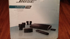 Bose V35 with sub in mint condition.