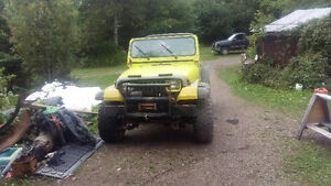 1988 Jeep with 350 runs great  $3000 obo