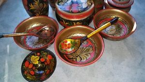 Spectacular vintage set of Russian Khokhloma hand-painted wooden West Island Greater Montréal image 3