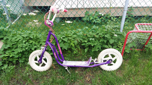 Trotinette / scooter