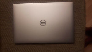 Inspiron Dell Laptop 15'' Touch Screen 256GB, SSD 16GB RAM I7