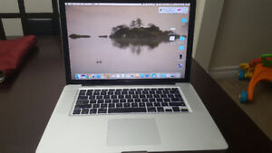 MacBook Pro i7 quadcore 15 inch Model 2011