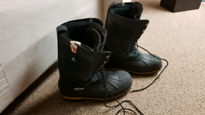 Feb 18th only price Baffin barrow 100-csa workboots