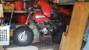 Honda Big Red 250 Frame + Moteur