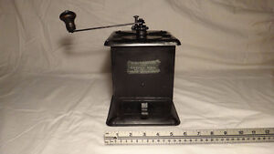 Antique Coffee Grinder collection 4 pieces West Island Greater Montréal image 5