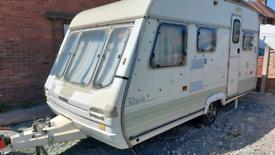 Swift rapide 450/5gxl 5 berth caravan