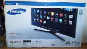 """50"""" led smart TV brand new"""