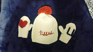 GAP VALENTINES DAY SET NEW WITH TAGS
