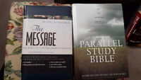 The parallel study bible in next to new condition