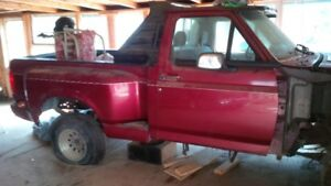 1993 F-150 flare side fully loaded with 88000 KM