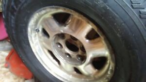 1999-2004 Chev/Gmc  Alloys with studded winter tires