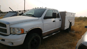 2004 dodge dually service truck