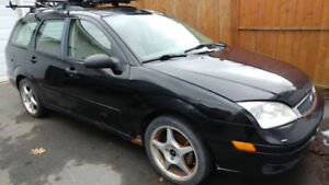 Ford Focus Station Wagon for Parts