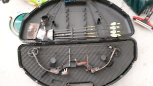 Compound bow/ accessories / case