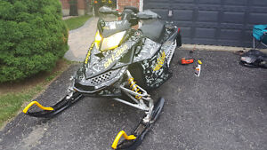 2008 Ski-Doo MXZ X 800R LOW KMS