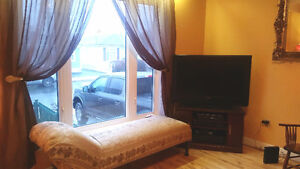 Room for rent - close to mun, hospitals, grocery store , bus rou St. John's Newfoundland image 5