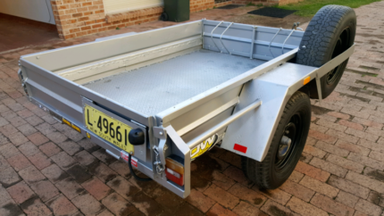 Box Trailer Hire 6x4 ft $30 a day Green Valley Liverpool Area Preview