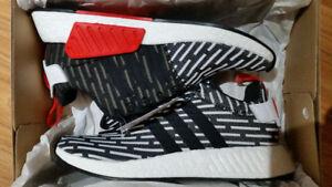 Adidas NMD R2 White/ Black Primeknit size 9.5 BNIB