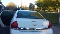 2008 Chevrolet Impala blanche Berline