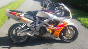 Cbr900rr fireblade for parts/repair