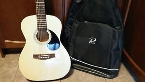 Acoustic Guitar with Case Cambridge Kitchener Area image 2
