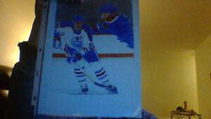 hockey pictures and singed bobby hull card