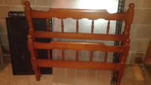Head & foot board with rails