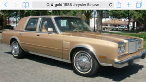 1985 Chrysler 5th ave collector excellent & very low km.