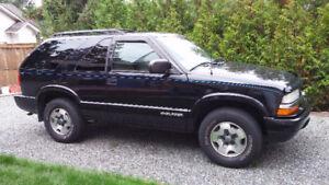 2005 Chevrolet Blazer..  a must see!