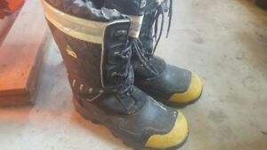 Dakota Winter Work Boots- for sale. Size 14