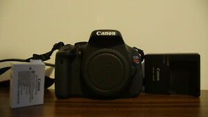 CANON T3i,18-55mm, 2 BATTERIES