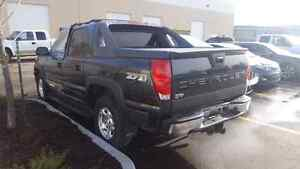 Complete 2003 avalanche z-71 for parts Strathcona County Edmonton Area image 3