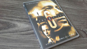 THE X-FILES SEASON 6 DVD SET IN MINT CONDITION