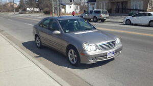 2007 Mercedes-Benz C-Class 2.5L..leather sunroof Sedan