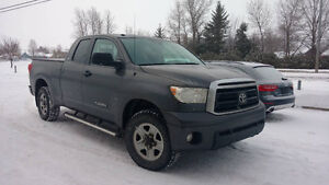 2011 Toyota Tundra SR5 Camionnette