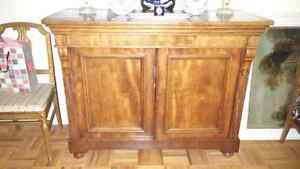 Beautiful Antique Sideboard/Cabinet