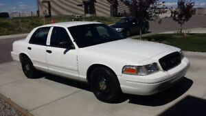 2011 Ford Crown Victoria City of Calgary Police Interceptor 4.6