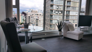 Mountain View -Bright 1 Bedroom Yaletown Furnished Condo