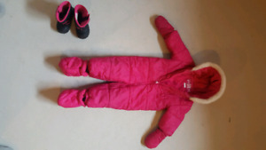 Toddler snowsuit and snowboots