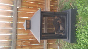 Outdoor Fire Place / Fire Pit