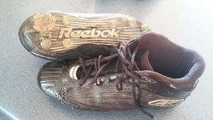 reebok NFL size 11 cleats high top London Ontario image 1