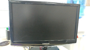Samsung SyncMaster 2033sw 20IN Widescreen $55 OBO